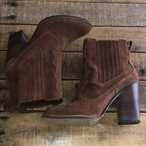 Brown dolce vita boots